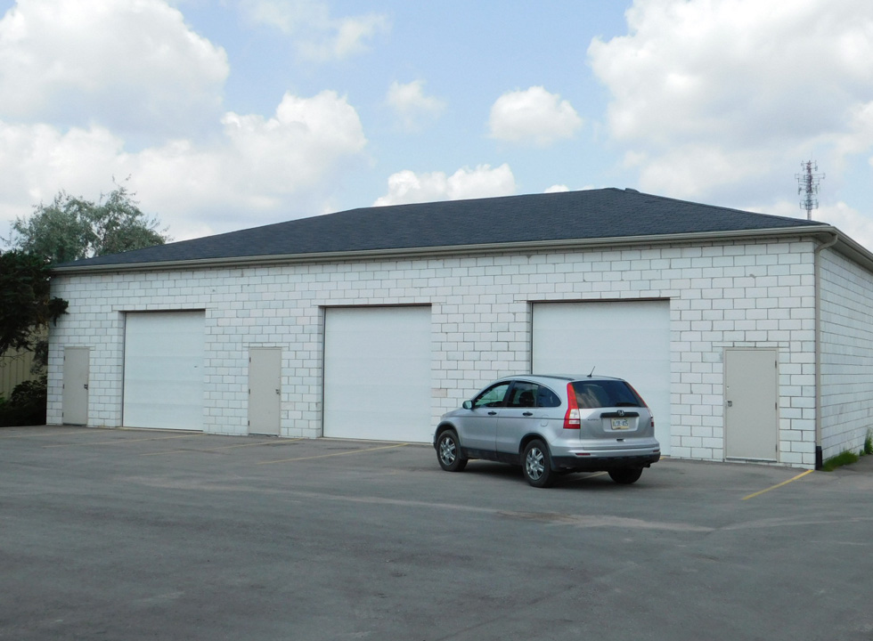 Prespa-Commmercial-Garage