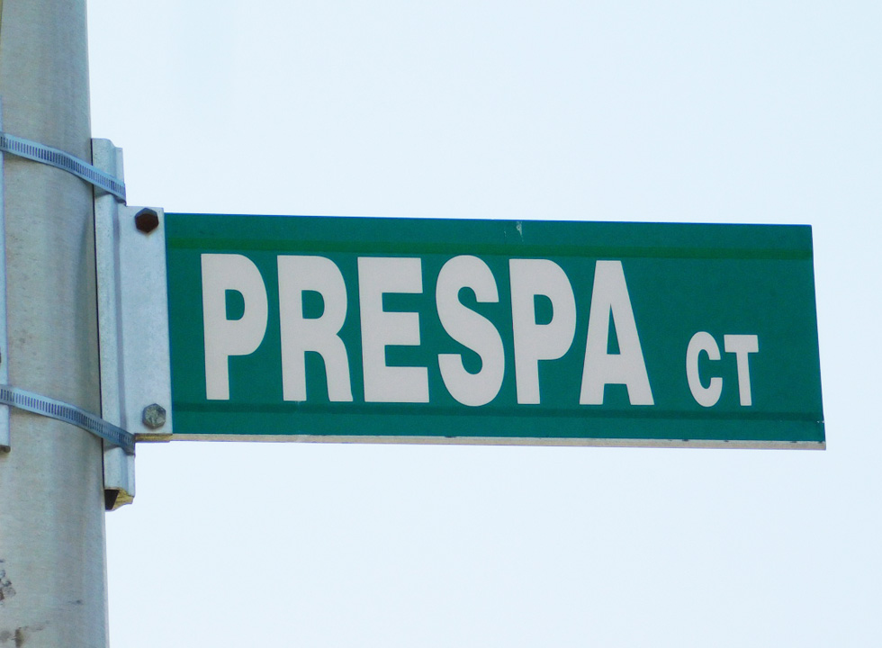 PrespaCourt-Sign